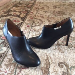 Coach black heels booties Size 6.5 Great condition